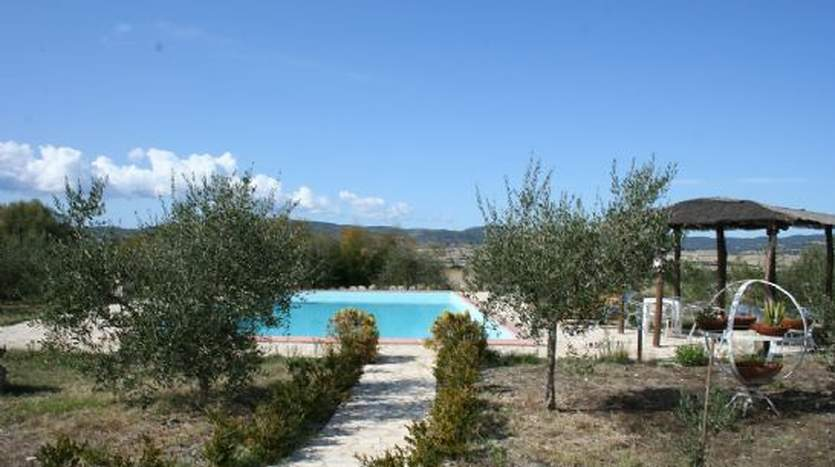 santa-luce-pisa-tuscany-ruralfarmhouse-for-sale