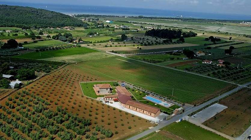 scarlino-grosseto-tuscany-hotelagritourismresidence-for-sale