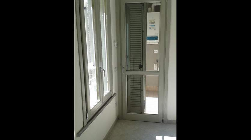 follonica-grosseto-tuscany-businessoffices-for-sale