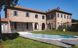 Real Estate in Tuscany - Villas, farmhouses, apartments for